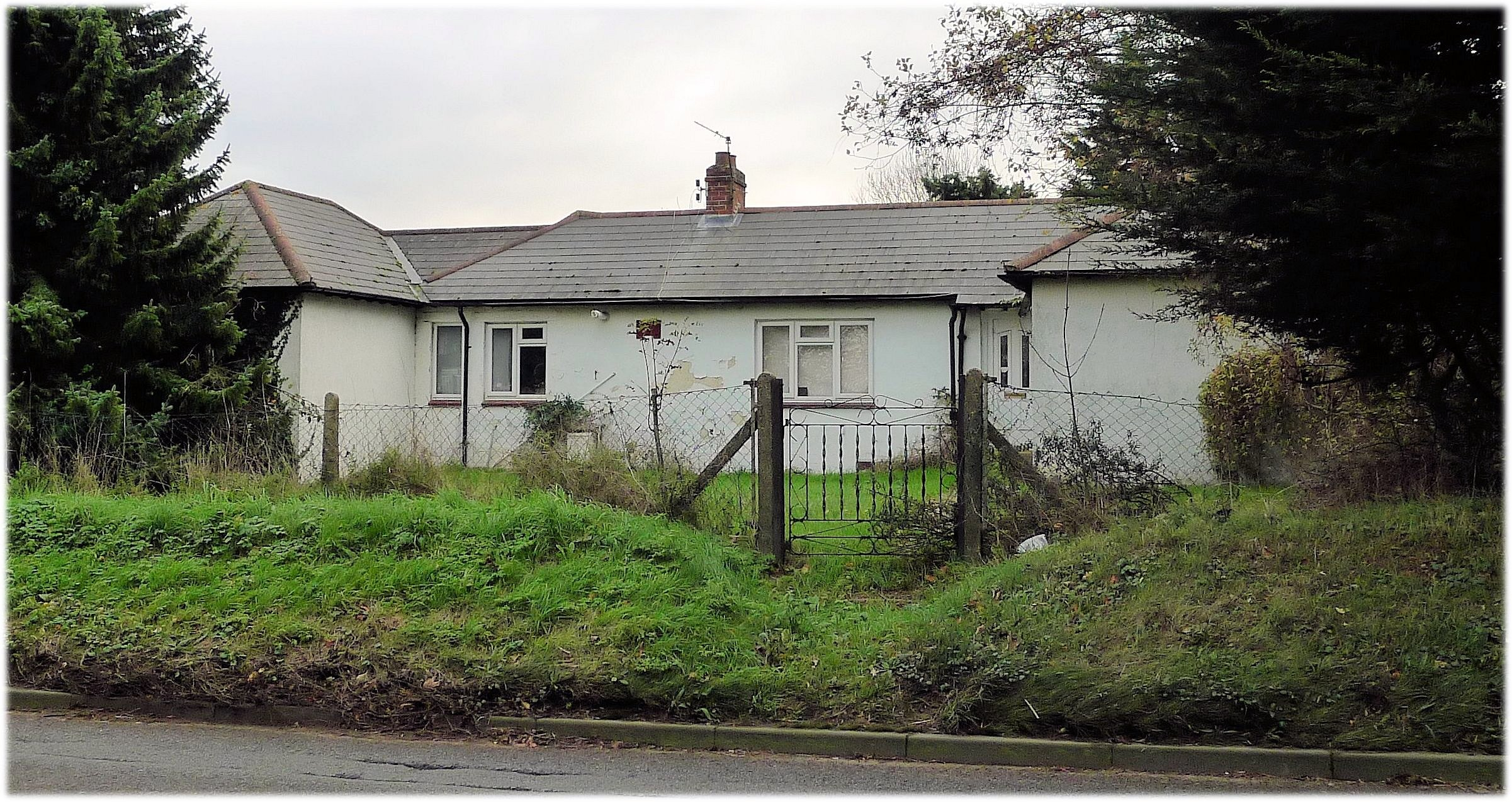Banstead_Smallholding_Bungalow
